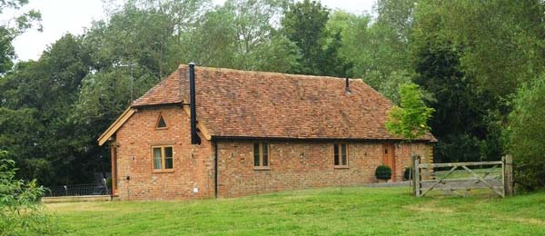 Awesome Luxury Holiday Cottage In Brill Buckinghamshire Sleeps 4 Home Interior And Landscaping Palasignezvosmurscom